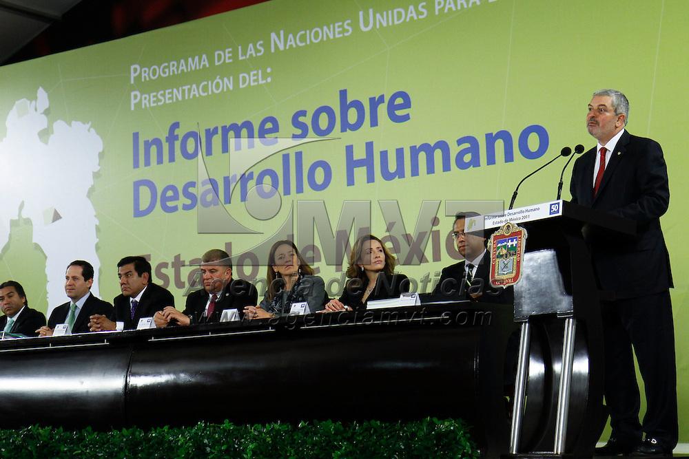 TOLUCA, México.- Magdy Martínez Solimán, representante residente del Programa de Naciones Unidad para el Desarrollo de México durante la presentación del Informe sobre Desarrollo Humano en el Estado de México. Agencia MVT / Crisanta Espinosa. (DIGITAL)