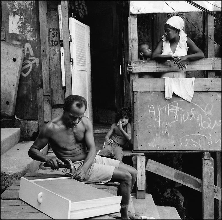 .Salvador and his family in Santa Marta favela..   .Salvador com sua familia na favela de Santa Marta, zona sul do Rio de Janeiro.
