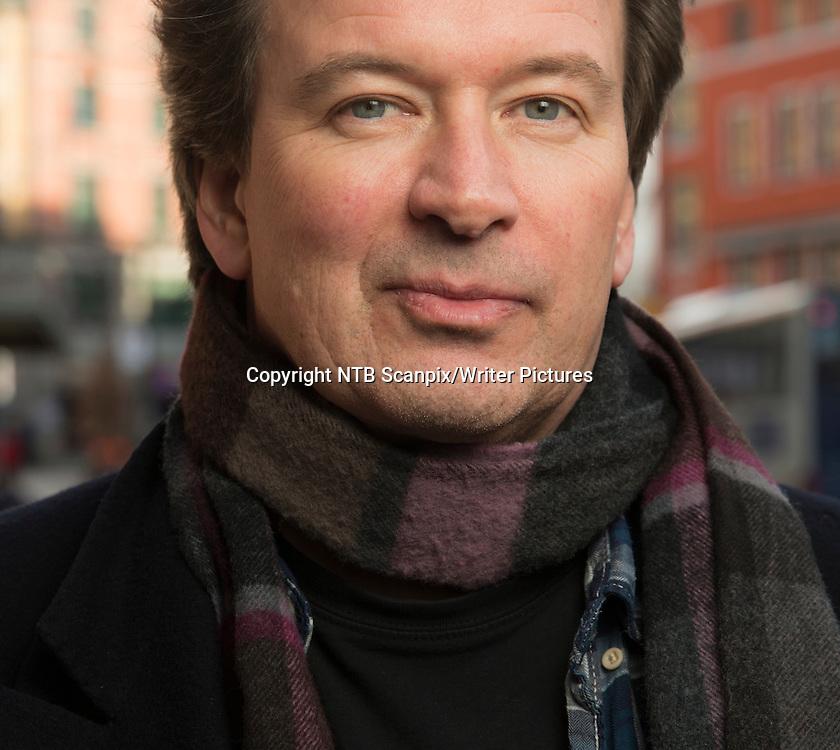 OSLO  20140311.<br /> Historien gjentar seg ikke. Du kan aldri stige ned to ganger til samme hendelse, men noen epoker vil ta opp i seg like tendenser, sier Kjell West&circ;. Den finsk-svenske forfatteren er nominert til Nordisk R&Acirc;ds pris for sitt verk, &quot;Svik 1938&quot;.<br /> <br /> Foto: Berit Roald / NTB scanpix<br /> <br /> NTB Scanpix/Writer Pictures<br /> <br /> WORLD RIGHTS, DIRECT SALES ONLY, NO AGENCY