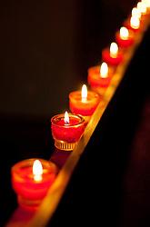 27.05.2011, Pfarre, Kaprun, AUT, Lange Nacht der Kirchen, im Bild brennende Kerzen erfüllten die Kirche mit Licht, EXPA Pictures © 2011, PhotoCredit: EXPA/ J. Feichter