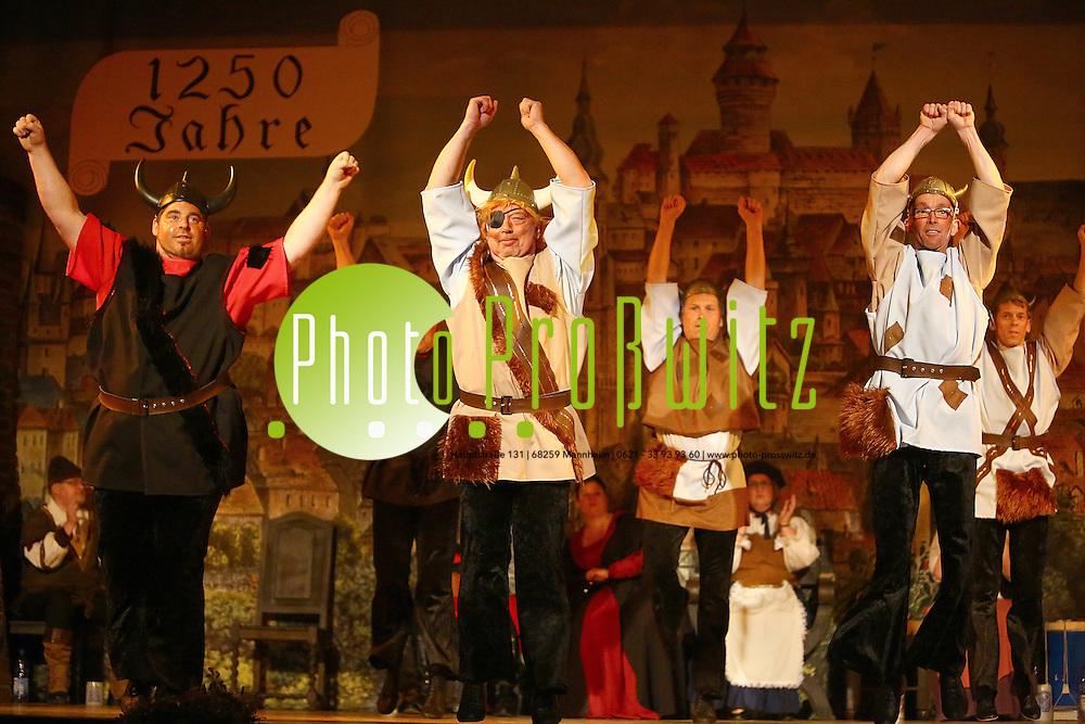 Mannheim 23.01.16 Feudenheim. Kulturhalle. KG Lallehaag Prunksitzung 2016.<br /> - M&auml;nnerballett Suleiman<br /> <br /> Bild: Markus Prosswitz 23JAN16 / masterpress (Bild ist honorarpflichtig - No Model Release!)
