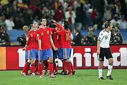 07.07.2010, Moses Mabhida Stadium, Durban, SOUTH AFRICA, Deutschland ( GER ) vs Spanien ( ESP ) im Bild Spain celebrate after the Spanish goal is scored from Puyol, vorne Philipp Lahm ( FC Bayern Muenchen #16 )  .Foto ©  nph /  Kokenge / SPORTIDA PHOTO AGENCY