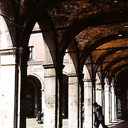 Archways near Piazza San Marco. Venice, Italy. 1st May 2011. Photo Tim Clayton