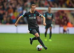 SHEFFIELD, ENGLAND - Thursday, September 26, 2019: Liverpool's captain Jordan Henderson during the FA Premier League match between Sheffield United FC and Liverpool FC at Bramall Lane. (Pic by David Rawcliffe/Propaganda)