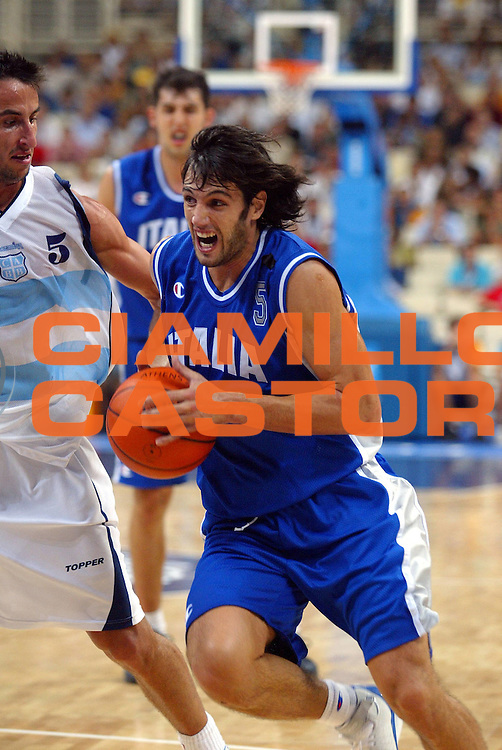 DESCRIZIONE : ATHENS ATENE OLYMPIC GAMES OLIMPIADI 2004 GIOCATORE : BASILE SQUADRA : ITALIA DATA : 2010-01-06CATEGORIA : SPORT :  AUTORE : AGENZIA CIAMILLO & CASTORIA/G.Ciamillo