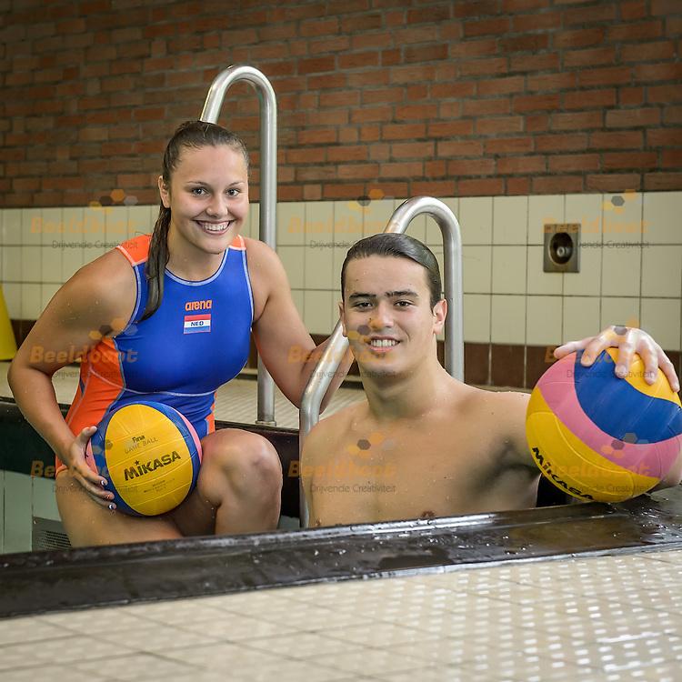 06-09-2016: Portret waterpolo: Zeist<br /> <br /> (L-R) Sarah Buis en Bram van den Bersselaar spelen beide voor het Utrechtse UZSC en jong Oranje in aanloop naar het EJK in Nederland<br /> <br /> Foto: Gertjan Kooij