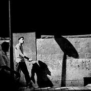 CARA-cas.Photography by Aaron Sosa.Caracas - Venezuela 2006.(Copyright © Aaron Sosa)