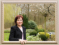 Nederland, Oisterwijk, 20060410..Susanne Lohf.Lid van de Raad van Toezicht van een revalidactiecentrum in Breda en de GGZ van Eindhoven..