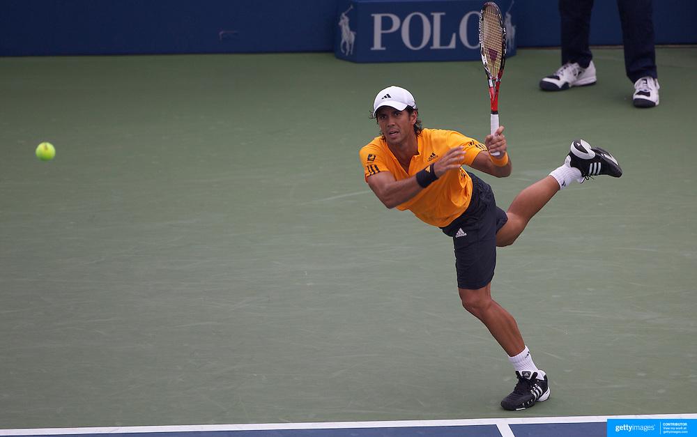 Fernando Verdasco, Spain, in action against John Isner, USA, during the US Open Tennis Tournament at Flushing Meadows, New York, USA, on Monday, September 7, 2009. Photo Tim Clayton.