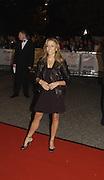 Sheryl Crow, Fashion Rocks in aid of the Princes trust, royal albert Hall, 15  october 2003.   © Copyright Photograph by Dafydd Jones 66 Stockwell Park Rd. London SW9 0DA Tel 020 7733 0108 www.dafjones.com