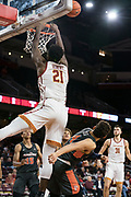 Southern California Trojans forward Onyeka Okongwu (21) misses a dunk with Pepperdine Waves guard Colbey Ross (4) defending during an NCAA college basketball game, Tuesday, Nov. 19, 2019, in Los Angeles. USC defeated Pepperdine 91-84. (Jon Endow/Image of Sport)