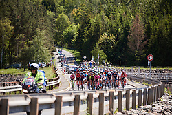 The peloton approach at Lotto Thüringen Ladies Tour 2019 - Stage 3, a 97.8 km road race in Dörtendorf, Germany on May 30, 2019. Photo by Sean Robinson/velofocus.com