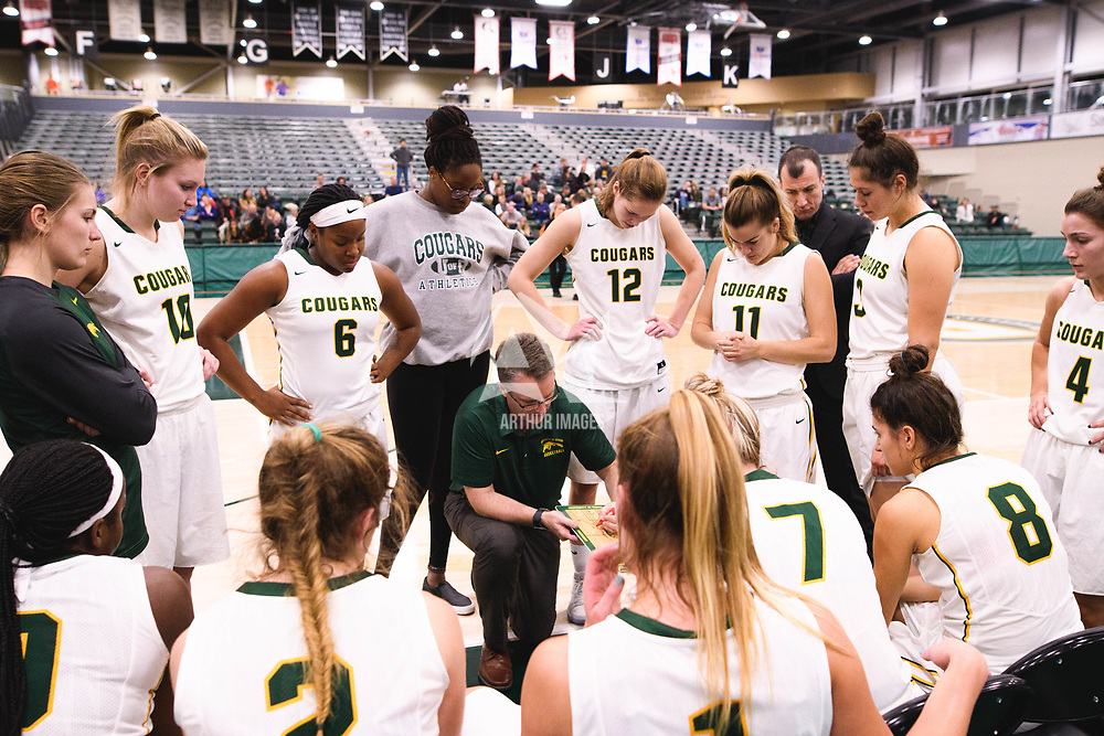 Head Coach Dave Taylor of the Regina Cougars during the Women's Basketball pre-season game on October 14 at Centre for Kinesiology, Health and Sport. Credit: Arthur Ward/Arthur Images