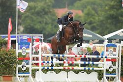 Konle, Thomas, Crunch<br /> Elmshorn - Holsteiner Pferdetage<br /> Springen Klasse M Finale 5j.<br /> © www.sportfotos-lafrentz.de/ Stefan Lafrentz