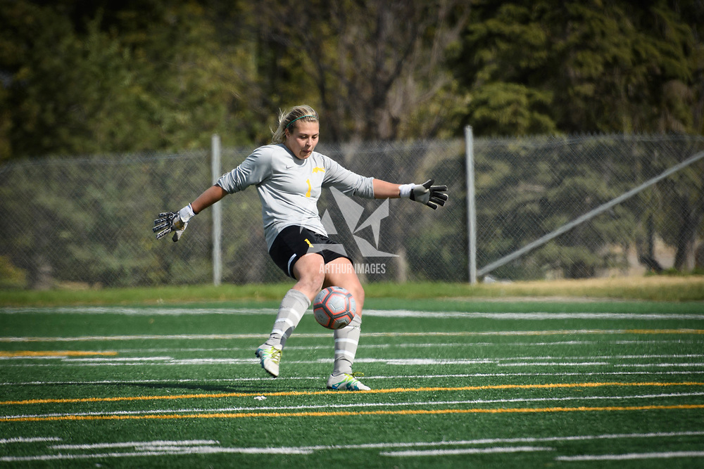 4th year goalkeeper Ashton Lowry (1) of the Regina Cougars during the Women's Soccer home game on September 17 at U of R Field. Credit: Arthur Ward/Arthur Images
