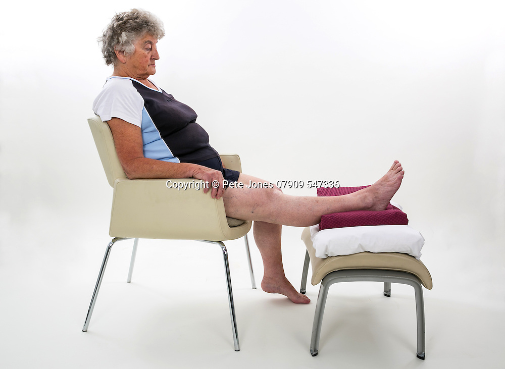 Radius Physiotherapy;<br /> Leaflet display shots;<br /> Montifiore Hospital, Hove;<br /> 7th November 2016<br /> <br /> &copy; Pete Jones<br /> pete@pjproductions.co.uk