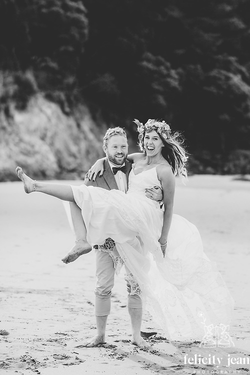 Coromandel Peninsula Wedding Photos by Felicity Jean Photography Whitianga Tairua Whangamata Matarangi Opito Kuaotunu Pauanui and Waihi Wedding Photos