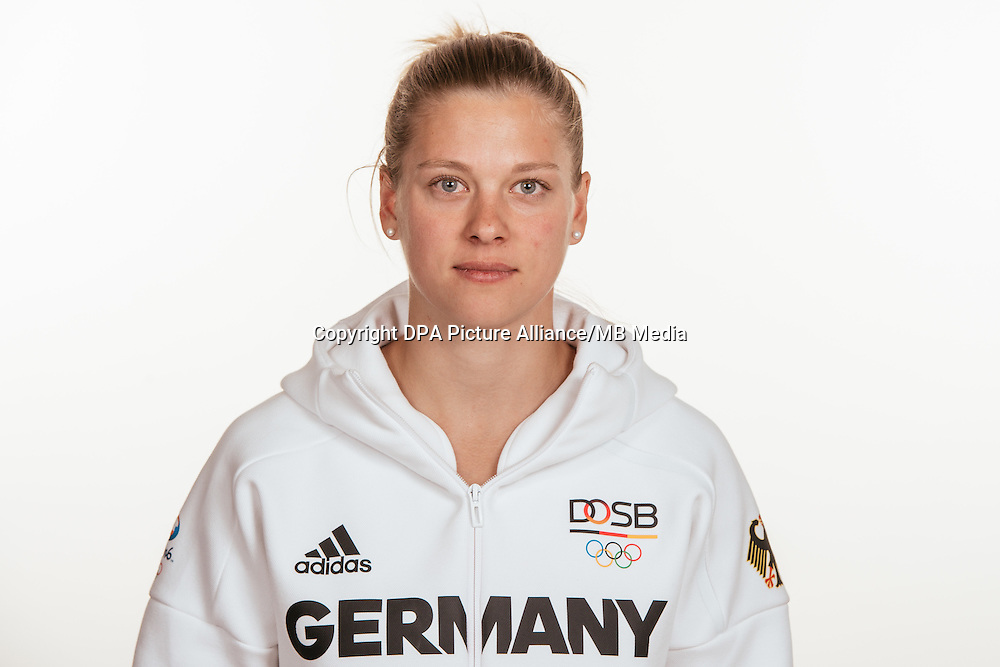 Daniela Ferenz poses at a photocall during the preparations for the Olympic Games in Rio at the Emmich Cambrai Barracks in Hanover, Germany, taken on 15/07/16 | usage worldwide