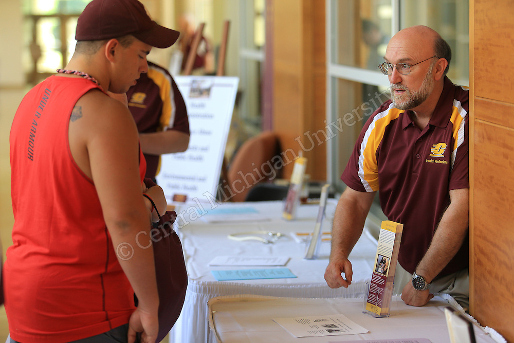 High school and transfer students considering health professions-related majors, such as athletic training, health administration, sport management and exercise science, visited for today's CMU's College of Health Professions Day. CHP. Central Michigan University Photo by Steve Jessmore