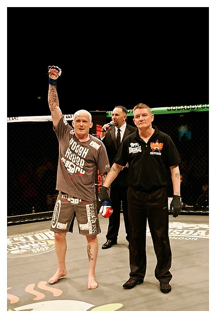 JIM WALLHEAD VS. JOEY VILLASENOR..BAMMA 8. 10/12/2011..Nottingham. UK.