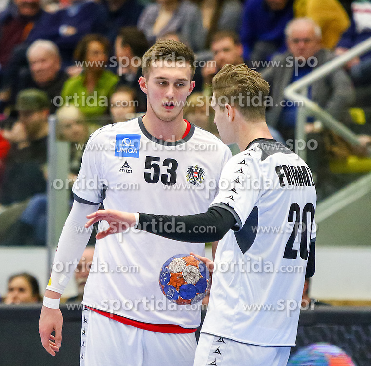 17.01.2016, BSFZ Südstadt, Maria Enzersdorf, AUT, IHF WM Qualifikation, Österreich vs Finnland, im Bild Nikola Bilyk (AUT), Sebastian Frimmel (AUT)// during the men 's IHF Handball World Championship Qualifier match between Austria and Finland at the BSFZ Südstadt, Maria Enzersdorf, Austria on 2016/01/17, EXPA Pictures © 2016, PhotoCredit: EXPA/ Sebastian Pucher