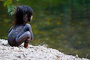 Alto Paraiso_GO. Brasil.<br /> <br /> Crianca da tribo indigena Kayapo em Alto Paraiso, Goias.<br /> <br /> Child of the indigenous Kayapo tribe in Alto Paraiso, Goias.<br /> <br /> Foto: RODRIGO LIMA / NITRO