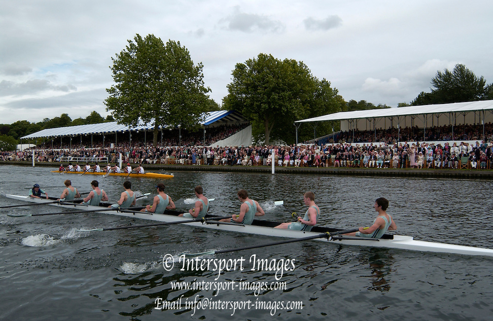 2005 Henley Royal Regatta,  'Princess Elizabeth Challenge Cup', Eton College - winners.  Henley on Thames, ENGLAND. 03.07.2005. Sunday.  Finals day -[photo Peter Spurrier/Intersport Images].[Mandatory Credit Peter Spurrier/ Intersport Images] . HRR.