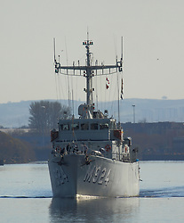 Pictured: BNS Primula (M924) is a Tripartite-class minehunter of the Belgian Naval Component,<br /> Ships involved in Exercise Joint Warrior, a major bi-annual multi-national military exercise which takes place in the United Kingdom. leave King George The V Docks at Shieldhall Glasgow heading up the Clyde by Braehead.  One of the largest military exercises in Europe, Joint Warrior will see maritime activity from units from Denmark, Belgium, Estonia, France, Germany, the Netherlands, Norway, Spain, Sweden, the UK and the US.<br /> <br /> Stephen Smyth| EEm 27 March 2017