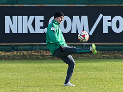 13.02.2015, Trainingsgel&auml;nde am Weserstadion, Bremen, GER, 1. FBL, SV Werder Bremen, Taining, im Bild Fin Bartels (SV Werder Bremen #22) bei der Ballannahme // during the training session on the training ground of the German Bundesliga Club SV Werder Bremen at the Trainingsgel&auml;nde am Weserstadion in Bremen, Germany on 2015/02/13. EXPA Pictures &copy; 2015, PhotoCredit: EXPA/ Andreas Gumz<br /> <br /> *****ATTENTION - OUT of GER*****