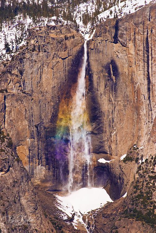 Yosemite Falls from Taft Point in winter, Yosemite National Park, California USA