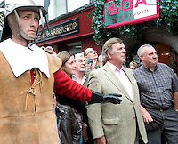 "The Headless Kings presented an re-enactment of ""The King's Head"" at the pub of the same name in Galway City  for Terry Wogan's Ireland a 2 part BBC programme by the Limerick man and BBC presenter. Photo:Andrew Downes"