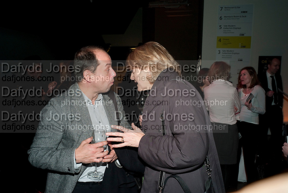 Gabriel Orozco reception, Tate Modern, London. 18 January 2010. .-DO NOT ARCHIVE-© Copyright Photograph by Dafydd Jones. 248 Clapham Rd. London SW9 0PZ. Tel 0207 820 0771. www.dafjones.com.