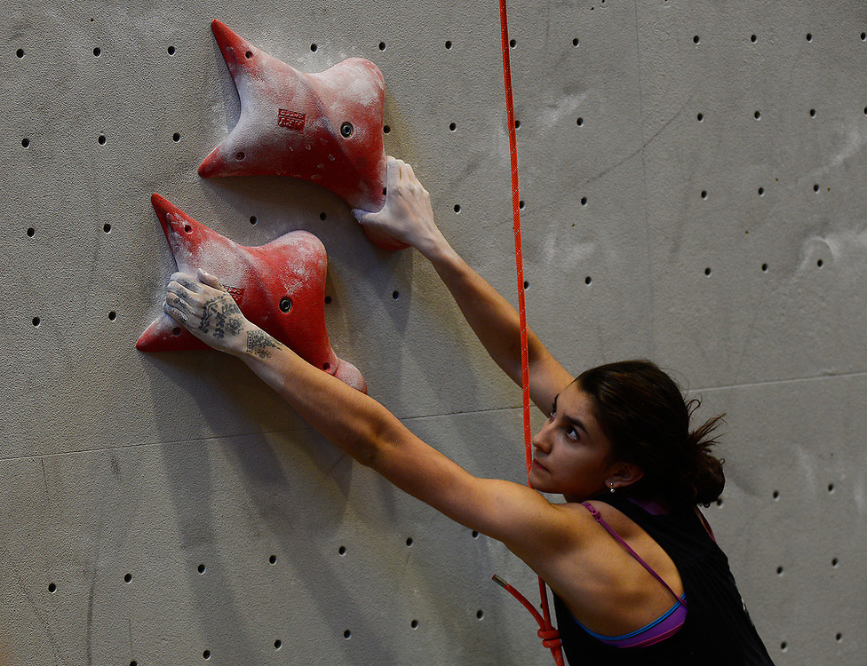 apl061817g/SPORTS /pierre-louis/JOURNAL 061817<br />  Albuquerque's Jordyn Gutierrez,,13,  competes  during the District Competing Speed Climbing held at Stone Age Climbing Gym   .Photographed  on Sunday June  18,  2017. .Adolphe Pierre-Louis/JOURNAL