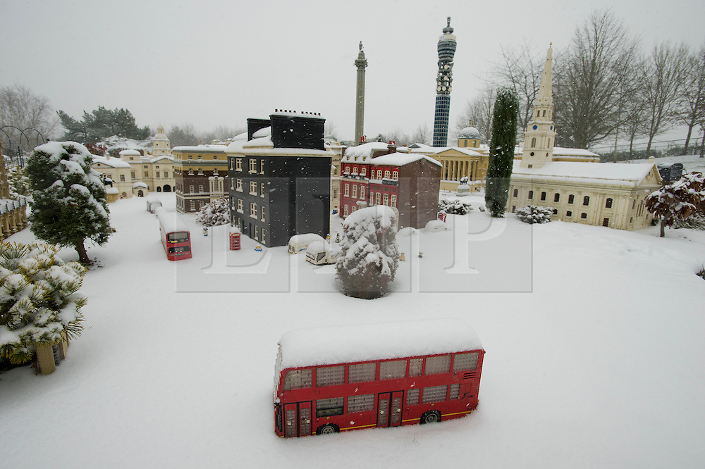 ©  London News Pictures. 18/01/2013. Windsor, UK. A snow covered model London in Mininland at LEGOLAND Windsor resort on January 18, 2013.  Photo credit : Ben Cawthra/LNP
