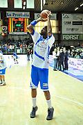 Tony Easley<br /> chebolletta Cantù - Banco di Sardegna Dinamo Sassari<br /> Legabasket Serie A Beko 2012-2013<br /> Cantù, 03/02/2013<br /> Foto L.Canu / Ciamillo-Castoria