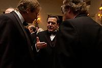 """20 NOV 2003, NEW YORK/USA:<br /> Gerhard Schroeder, SPD, Bundeskanzler, im Gespraech mit Spitzenvertretern der Wirtschaft, waehrend einem Empfang vor einer Festveranstaltung des American Institute for Contemporary German Studies anl. der Verleihung des """"Global Leadership Awards"""" Hotel Grand Hyatt at Grand Central<br /> IMAGE: 20031120-03-021<br /> KEYWORDS: Gerhard Schröder, U.S.A., Reise, Smoking<br /> Gespräch"""