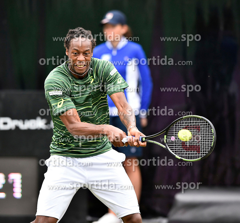10.06.2015, Tennis Club Weissenhof, Stuttgart, GER, ATP Tour, Mercedes Cup Stuttgart, im Bild Gael Monfils (FRA) Aktion // during the Mercedes Cup of ATP world Tour at the Tennis Club Weissenhof in Stuttgart, Germany on 2015/06/10. EXPA Pictures &copy; 2015, PhotoCredit: EXPA/ Eibner-Pressefoto/ Weber<br /> <br /> *****ATTENTION - OUT of GER*****