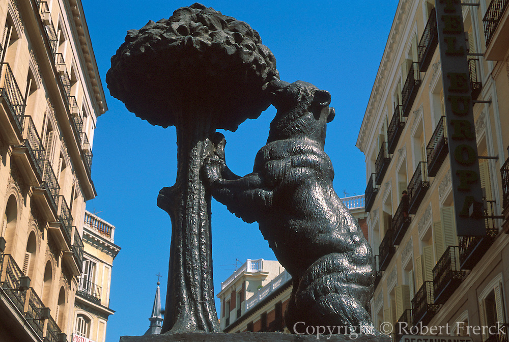 "SPAIN, MADRID ""Bear and Oak Tree"" sculpture, symbol of Madrid, located in the Puerta del Sol"