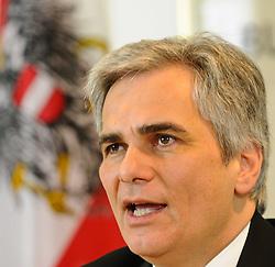 07.12.2010, Bundeskanzleramt, Wien, AUT, Ministerrat,im Bild Bundeskanzler Werner Faymann nach Ministerrat// EXPA Pictures © 2010, PhotoCredit: EXPA/ M. Gruber