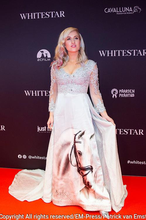 Feestelijke premiere Britt Dekkers Whitestar in Pathe Tuschinski.<br /> <br /> Op de foto:  Britt Dekker