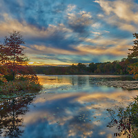 New England fall foliage and sunset photography from Lake Waban in Wellesley, Massachusetts. This Massachusetts lakes is a nearby inspiration and makes for a beautiful New England outdoor location to visit and to also get lost with a camera.<br />