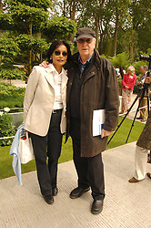 MICHAEL & SHAKIRA CAINE at the 2008 Chelsea Flower Show 19th May 2008.<br /><br />NON EXCLUSIVE - WORLD RIGHTS