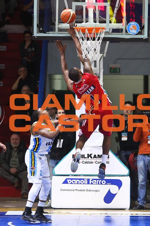 Cremona 26 dicembre  2015<br /> Basket Serie A<br /> Vanoli Cremona- EA7 Emporio Armani Milano<br /> Nella foto: Jamel McLean<br /> foto F.Zovadelli/Ciamillo