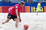 Levante goalkeeper V.Viala in action against Barcelona at the Mundialito de Clubes. Foto: Marcello Zambrana/Divulgação