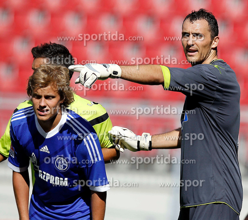 05.08.2012, Woerthersee Arena, Klagenfurt, AUT, Testspiel, FC Schalke 04 vs Udinese Calcio, im Bild Zeljko Brkic (Udinese) // during Friendly Match between FC Schalke 04 and Udinese Calcio at the Woerthersee Arena, Klagenfurt, Austria on 2012/08/05. EXPA Pictures © 2012, PhotoCredit: EXPA/ Oskar Hoeher.