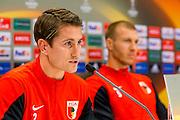 ALKMAAR - 21-10-2015, Persconferentie AZ - FC Augsburg, AFAS Stadion, FC Augsburg speler Paul Verhaegh, FC Augsburg speler Ragnar Klavan.