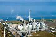 Nederland, Groningen, Eemshaven, 04-11-2018; energielandschap aan de Eemshaven de Magnum energiecentrale van Nuon. De stoom- en gascentrale bestaat uit drie STEG eenheden.<br /> Energy landscape at the Eemshaven with Magnum power plant from Nuon. The steam and gas plant consists of three STEG units.<br /> luchtfoto (toeslag op standaard tarieven);<br /> aerial photo (additional fee required);<br /> copyright&copy; foto/photo Siebe Swart