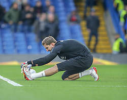 09.05.2019, Stamford Bridge, London, ENG, UEFA EL, FC Chelsea vs Eintracht Frankfurt, Halbfinale, Rückspiel, im Bild Kevin Trapp of Eintracht Frankfurt warming up // Kevin Trapp of Eintracht Frankfurt warming up during the UEFA Europa League semifinal 2nd leg match between FC Chelsea and Eintracht Frankfurt at the Stamford Bridge in London, Great Britain on 2019/05/09. EXPA Pictures © 2019, PhotoCredit: EXPA/ Focus Images/ Steve O'Sullivan<br /> <br /> *****ATTENTION - for AUT, GER, FRA, ITA, SUI, POL, CRO, SLO only*****