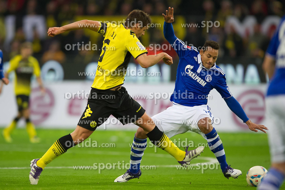 26.11.2011, Signal Iduna Park, Dortmund, GER, 1. FBL, Borussia Dortmund vs FC Schalke 04, im Bild Zweikampf Sebastian Kehl (#5 Dortmund) - Jermaine Jones (#13 Schalke) // during Borussia Dortmund vs. FC Schalke 04 at Signal Iduna Park, Dortmund, GER, 2011-11-26. EXPA Pictures © 2011, PhotoCredit: EXPA/ nph/ Kurth..***** ATTENTION - OUT OF GER, CRO *****