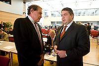"""26 NOV 2008, BERLIN/GERMANY:<br /> Prof. Thomas Heller (L), Standford University, und Siegmar Gabriel (R), SPD, Bundesumweltminister, im Gespraech, 3. Deutscher Klimakongress der EnBW unter dem Motto """"Klimaschutz - Was ist machbar?"""", dbb-Forum<br /> IMAGE: 20081126-01-158<br /> KEYWORDS: Gespräch"""